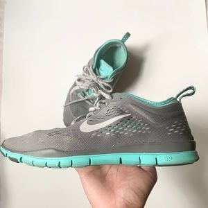 Nike Free 5.0 TR Fit 4  size 7.5